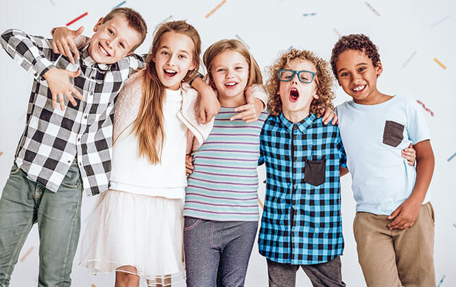 Group-of-kids-standing-in-a-row